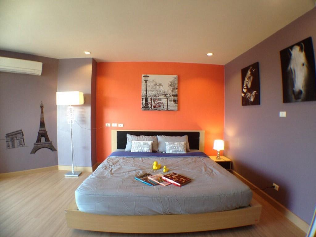 Center Point condominium 2Bedrooms 2Bathrooms FOR SALE