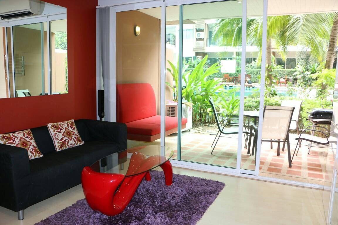 Diamond Suites Resort Condominiums to rent in Pratumnak Pattaya